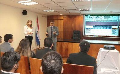 Alumnos de Itapúa y CDE competirán en Washington