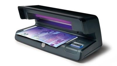 """Recomiendan a comerciantes a comprar """"Detector de Billetes falsos"""""""