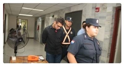 En Tacumbú, se quita la vida el médico imputado por muerte de Mayra González