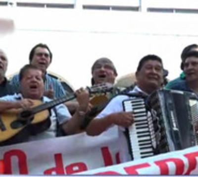 Artistas paraguayos exigen cobrar por copia privada