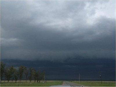 Anuncian tormentas eléctricas para el Norte y Este del país