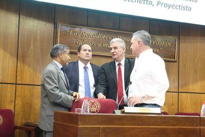 Ministro Ramírez Candia asistió a debate sobre proyecto de ley