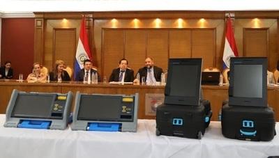Suspenden licitación para urnas electrónicas
