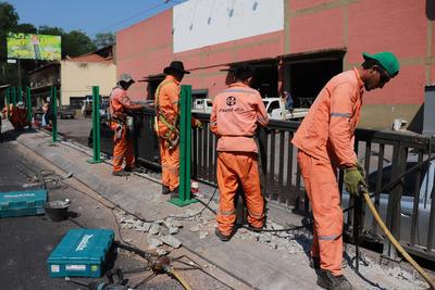 Avanza adecuación de seguridad en viaducto de 4 Mojones