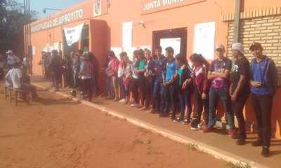 Ciudadanos de Arroyito se movilizan pidiendo investigación contra intendente