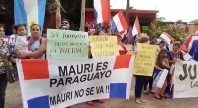 HOY / Mujer exige que justicia no le arrebate a su hijo: huyó de Uruguay por ser víctima de violencia