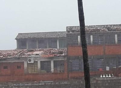 Temporal causó destrozos en Ñemby