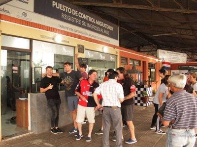 Más de 2.700 hinchas   extranjeros ya arribaron para la Sudamericana