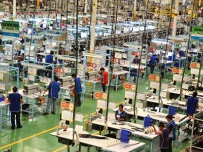 Más de 3.000 dejaron de trabajar sábado y producen más