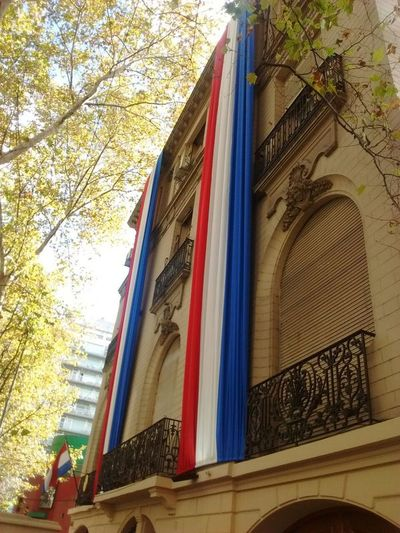 Servicios consulares brindaron más de 1.300 asistencias a connacionales en el exterior