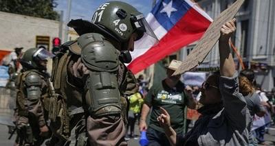 Expertos de la ONU condenan uso excesivo de la fuerza ante protestas en Chile
