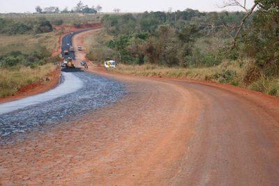 MOPC recibirá ofertas para asfaltar 71 km de Caaguazú, Guairá y Alto Paraná