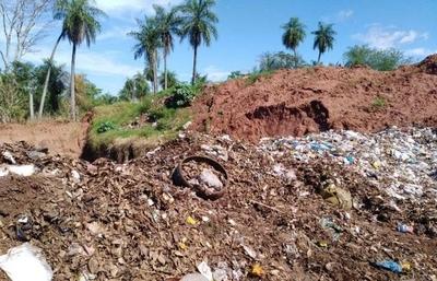 HOY / Quema de basura en vertedero de Yaguaron: Fiscalía analiza imputación al intendente