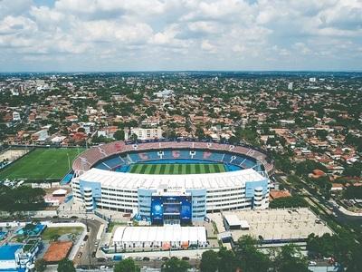 Colón e Independiente se juegan por la copa en la Nueva Olla