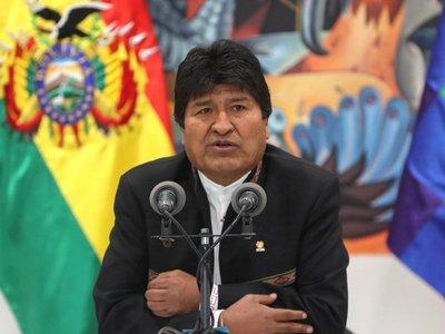 Militares y policías bolivianos piden la renuncia de Evo Morales