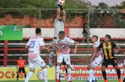 San Lorenzo y Guaraní no se sacan ventajas