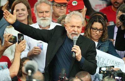 """Lula lamenta el """"golpe"""" en Bolivia y que la """"élite"""" no acepte la democracia"""