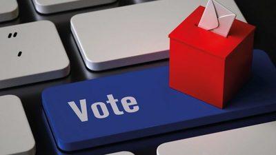 Sigue controversia por urnas