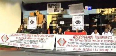 Funcionarios del Poder Judicial, Fiscalía y Defensoría van a huelga por un mes