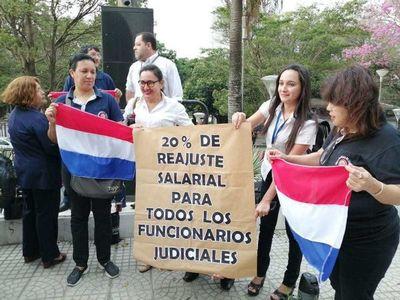 Funcionarios judiciales iniciaron huelga a nivel país