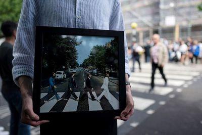 Muere a los 82 años Robert Freeman, fotógrafo de los Beatles
