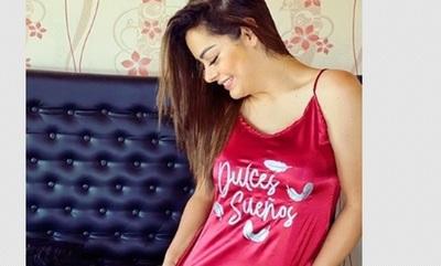Larissa Riquelme lanza su línea de 'pijamas'
