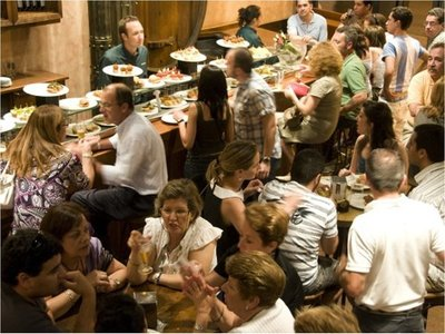 Restaurantes reportan baja del 30% por la recesión económica