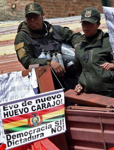 """Secretaría OEA rechaza """"cualquier salida inconstitucional"""" a crisis en Bolivia"""