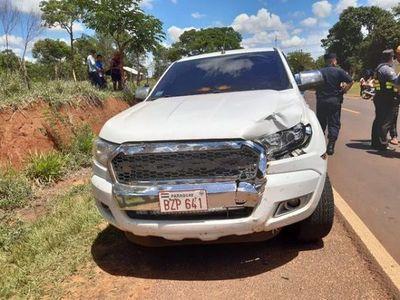 Comunicador es arrollado por camioneta de comitiva presidencial