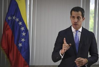 """""""En Bolivia no podríamos hablar de golpe de Estado"""" afirma Guaidó"""