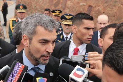 """Mario Abdo: """"Rezo por Bolivia y pido que se consolide en su proceso democrático"""""""
