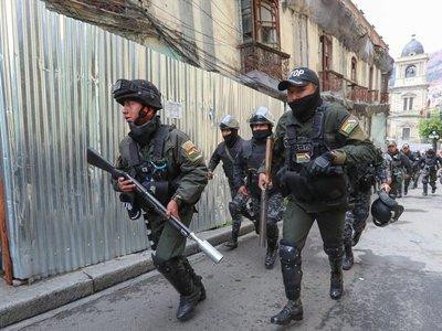 Militares coordinarán con la Policía para frenar el vandalismo en Bolivia