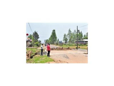 Guairá: Clausuran puente y pobladores quedan aislados