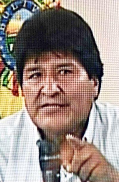 Morales aceptó oferta de refugio en México