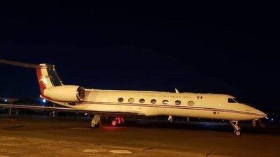 Avión de Evo realizó escala en Paraguay