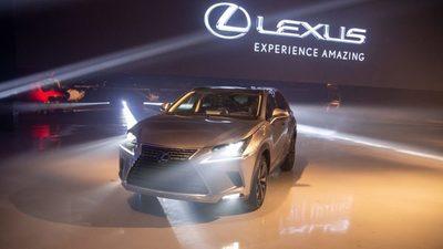 Toyotoshi presenta a Lexus