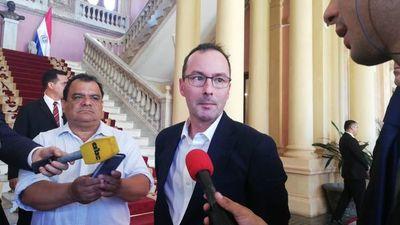 Dueño de estancia expropiada en Tacuatî se reunió con Abdo