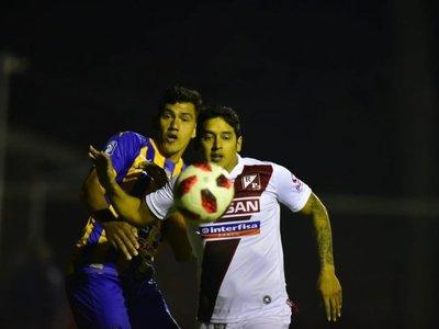 Por alejarse del descenso y por cupo para la Sudamericana