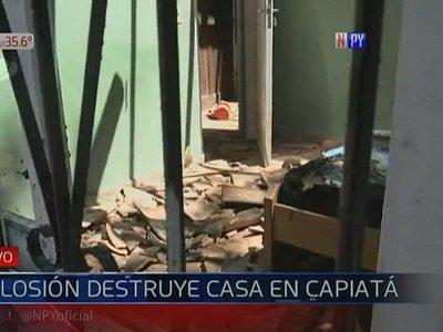 Fuerte explosión causa destrozos en una vivienda en Capiatá