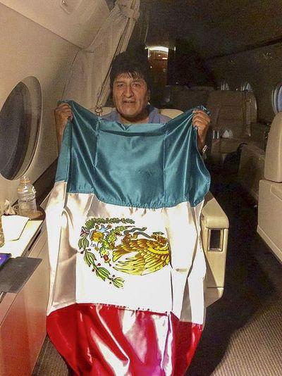 México espera a Morales después de un sinuoso periplo desde Bolivia
