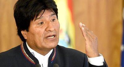 Evo Morales llegó a México y reiteró que su salida fue fruto de un golpe Estado