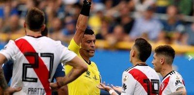 Final Libertadores: Conmebol designó al árbitro y a una curiosa terna para el VAR