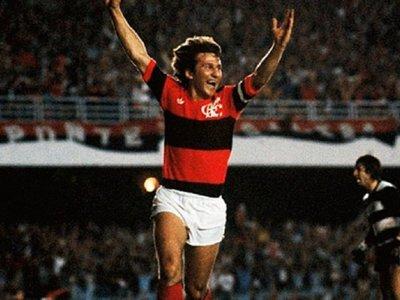 Zico anotó 11 goles y llevó al Flamengo al primer título de Libertadores