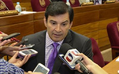 """Silvio Ovelar dice que en Diputados: """"Son mbores con Marito"""""""