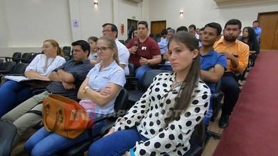 JORNADA DE DESCENTRALIZACIÓN CON PARTICIPACIÓN DE INTENDENTES Y DIRECTORES DE HOSPITALES