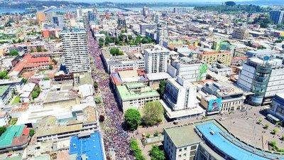 Huelga general en Chile con masivas movilizaciones