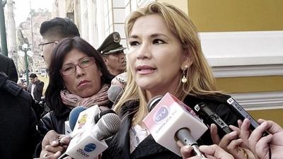 Jeanine Añez se proclamó presidenta de Bolivia