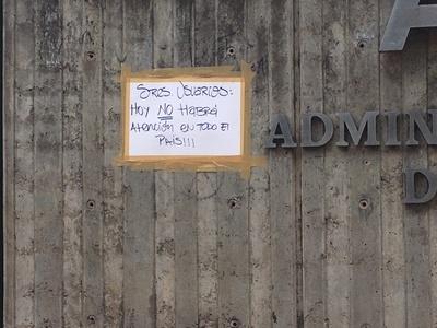 ANDE, cerrada por paro de funcionarios. Exigen mayor presupuesto