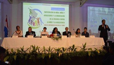 INSTITUCIONES SE COMPROMETEN A ERRADICAR LA VIOLENCIA CONTRA LA NIÑEZ Y ADOLESCENCIA