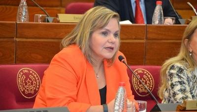 """Lilian insta a Alliana """"no ser parcialista"""" en elecciones juveniles"""
